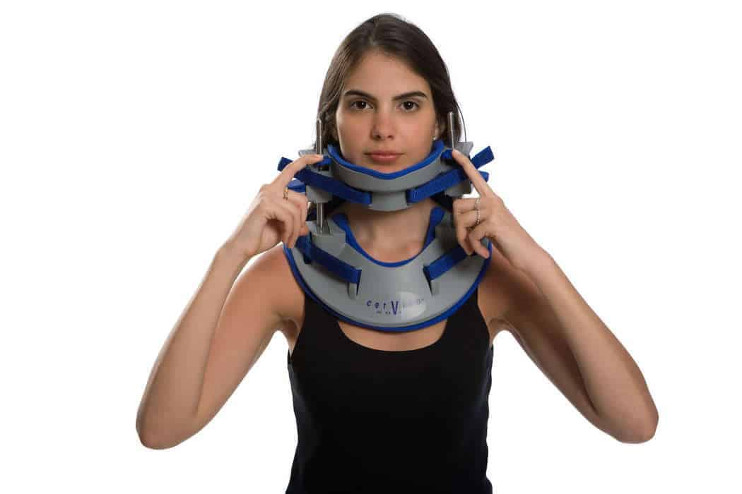 Cervico 2000 neck brace for ambulatory 3D spinal decompression for symmetric and asymmetric traction, image used in FAQ on How spinal decompression works